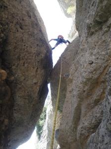 João subiendo por la aguja.