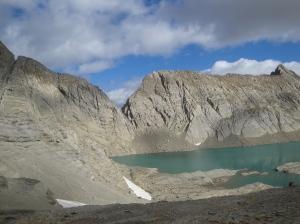 lago Marboré y refugio Tucarroya