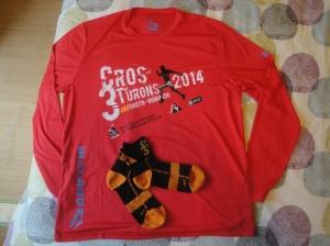 Camiseta de la Cros3Turons 2014 y calcetines patrocinados por Equipa't!